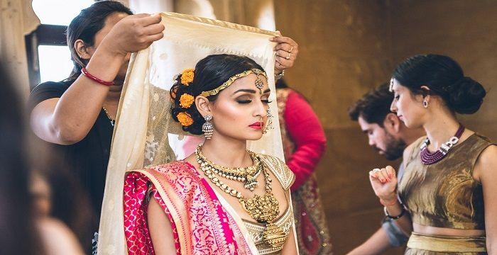 tradiční indické seznamovací zvyky