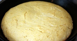 Really Good Cornbread – Baked in an Iron Skillet