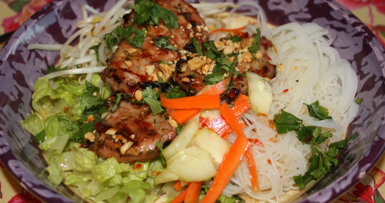 Vietnamese Grilled Pork and Vermicelli Bowl