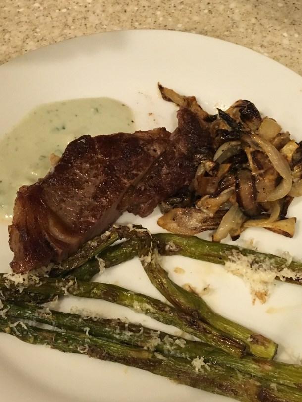 sheet pan onions, steak, asparagus