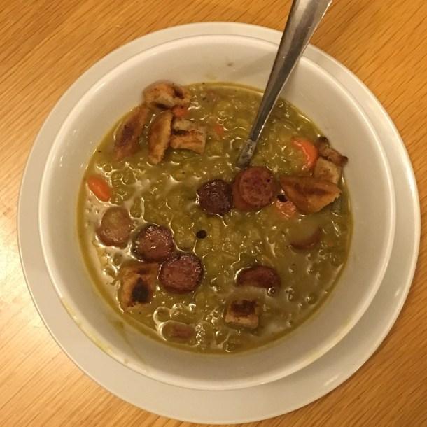 Split pea soup with crispy hot dogs