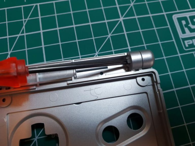 GBA SP HINGE REMOVAL