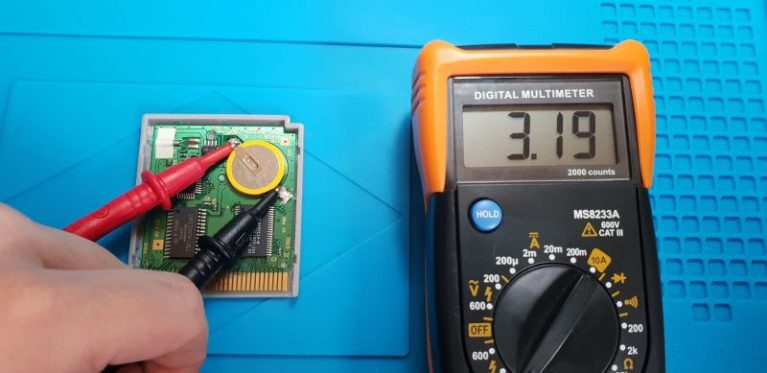 game boy voltage test