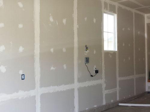 Aislante térmico y drywall en el garaje