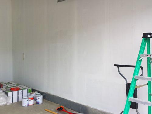 Paredes del garaje pintadas