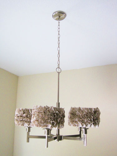 Lámpara forrada con tela