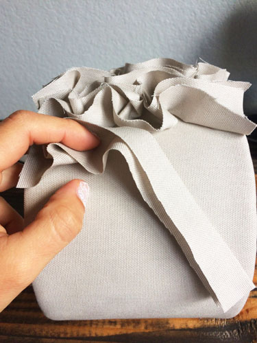 Decoración de Pantallas de Lámpara con Tela