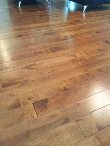 maple-hardwood-flooring
