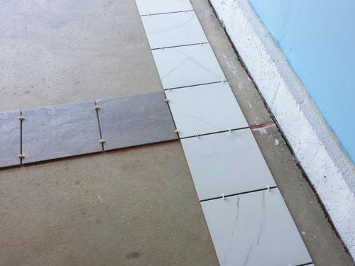 Porcelain tile positioning before installation