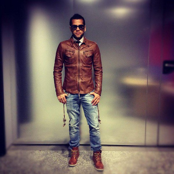 Top 10 Most Stylish Footballers As At 2016 27