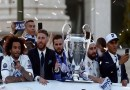 Photo: Real Madrid Return To The Street Of Madrid As Living 'Legends'