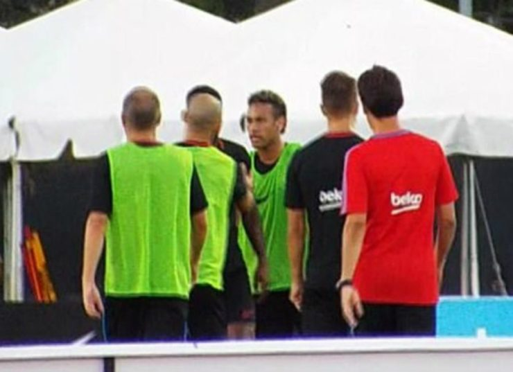 Neymar Stormed Out Of Barca Training In Annoyance After Fight With Nelson Semedo 4