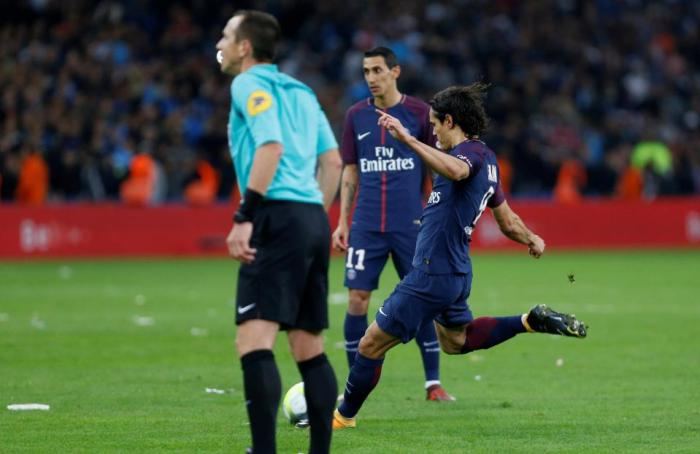 Neymar Sent Off In thrilling 'Le Classique' Clash, As Cavani Rescue PSG From First Loss 12