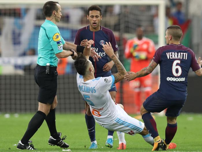 Neymar Sent Off In thrilling 'Le Classique' Clash, As Cavani Rescue PSG From First Loss 10