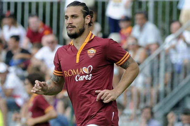 "I Quit Football To Concentrate On My ""Berbeque And Beer"" - Osvaldo 6"