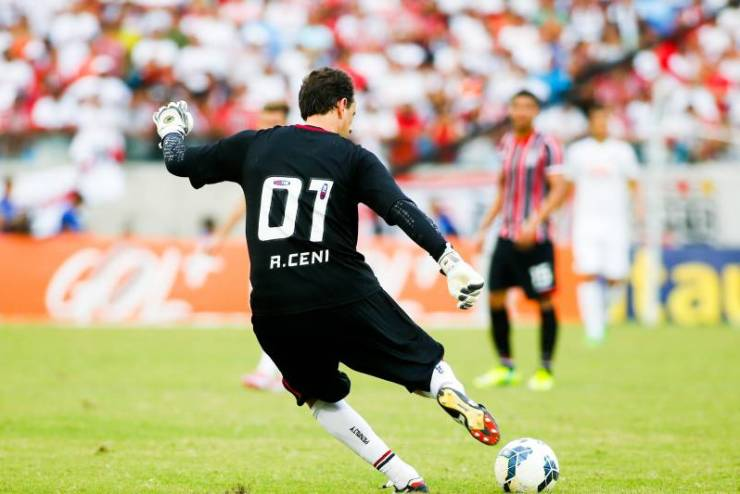 Top 10 Goalkeepers With The Most Goal In Football History 12