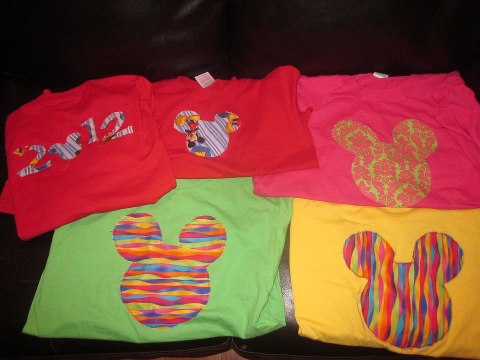 Disney World t-shirts, how do I make my own Disney t-shirt, t-shirts, Disney Moms t-shirts