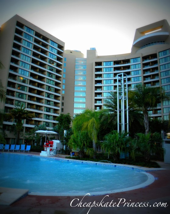 Bay Lake Tower pool, photo of Bay Lake Tower pools, Disney pools, the best Disney pool, swim in Disney pools, swimming pools,