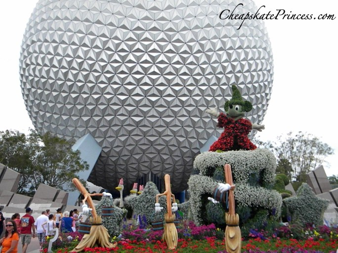 Spaceship Earth, Spaceship Earth ride, Epcot ball, Epcot, why visit Epcot, why go to Disney in the fall, should I go to Disney in the fall?, what is there to do at Disney in the fall, ship school and go to Disney World