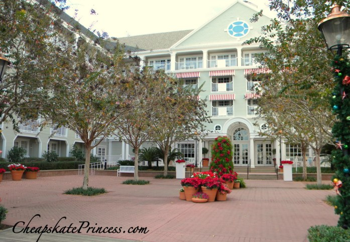Disney's Yacht Club at Christmas, Yacht Club, Disney Deluxe Resort, Disney Vacation Club,