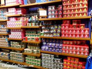 where to buy cheap vinylmations, where to buy cheap Disney toys, Disney, Disney World, Disney World shopping, Disney World Character warehouse
