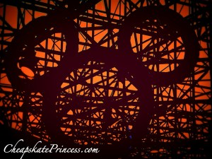 Mickey Mouse ears, unusual Mickey Mouse photo, what are teh best Disney web sites to plan a vacation?