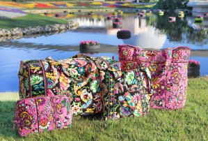 Disney purse, Disney Vera Bradley, how much is a Disney Vera Bradley purse, how much is a Disney Vera Bradley handbag, where can I buy a Disney Vera Bradley purse,