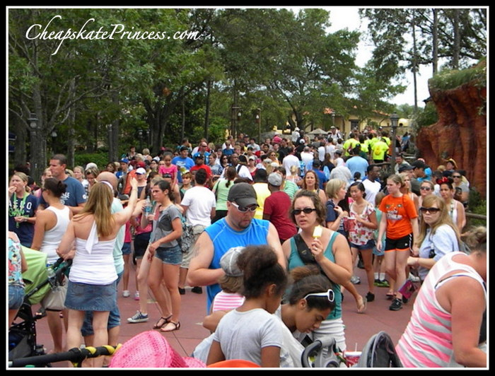 best low crowd times to vacation at Disney World
