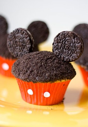 make your own Disney cupcakes, Mickey Mouse cucake
