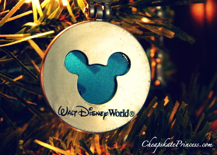 What to do with Disney World keychains