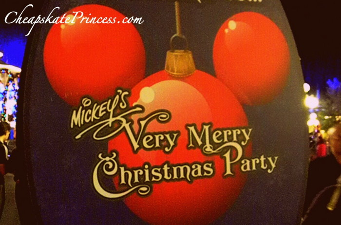 Mickeys-Christmas-Party-1024x676