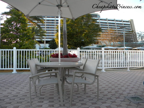 where to picnic at the Contemporary Resort