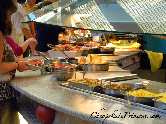 tips for kids at a Disney World Character Dining Character Buffet Chef Mickeys