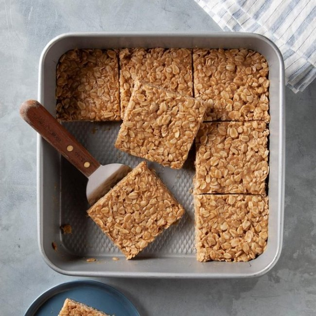 peanut butter oat bars