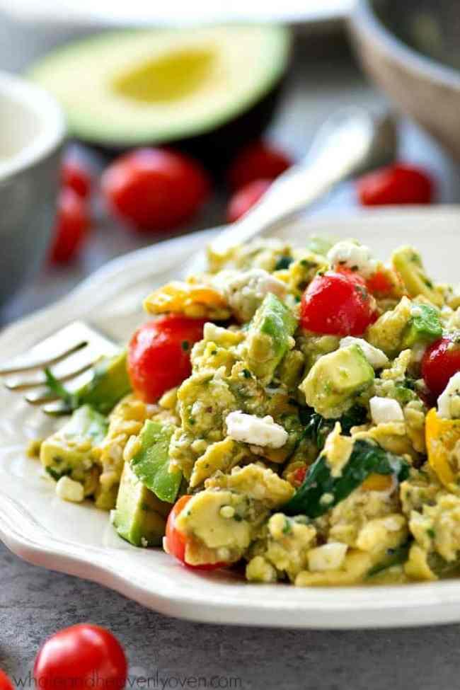 Veggie Pesto Scrambled Eggs