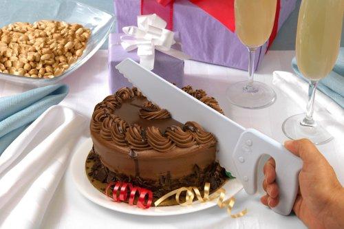 The cake saw