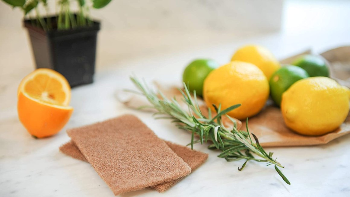 Homemade, non-toxic cleaning products for eco-friendly home