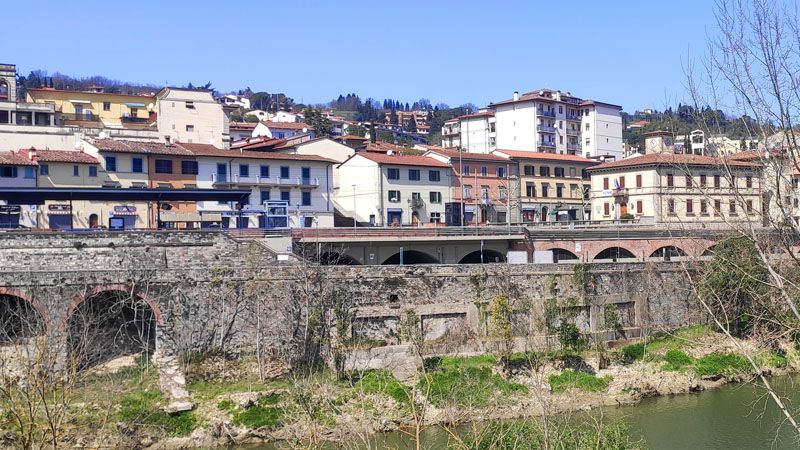 עיירה יפה בטוסקנה