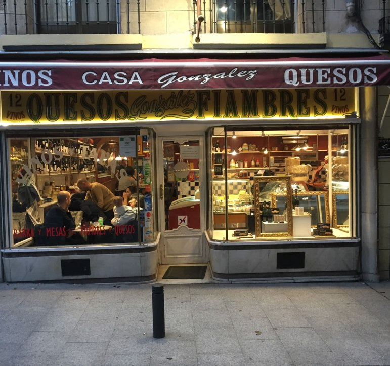 vinos y quesos in Madrid Spain