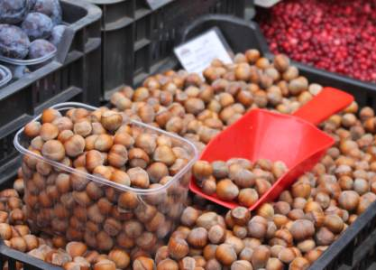 Lithuanian food market - fruits and nuts