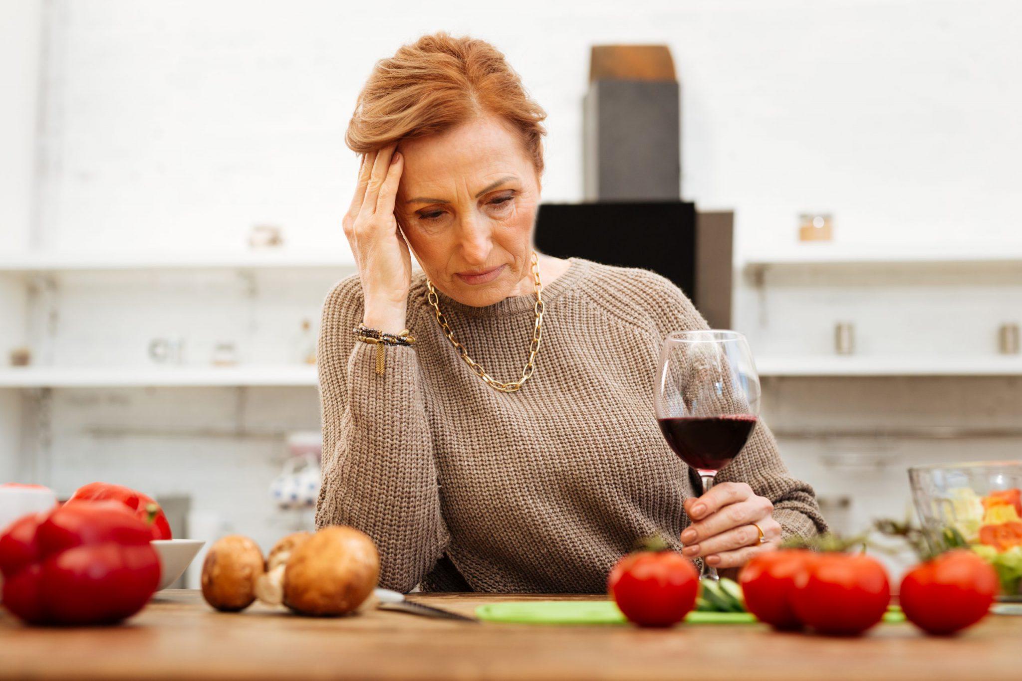 Rethinking Drinking: Should I Cut Back or Quit?