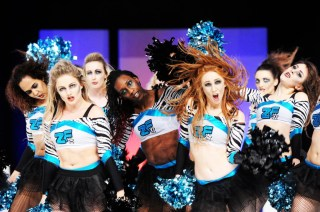 London Cheerleaders Zoo Fever 3