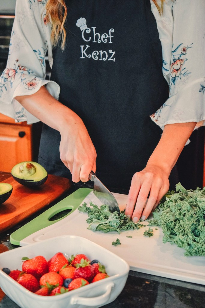 Learn how to chop kale through virtual cooking classes