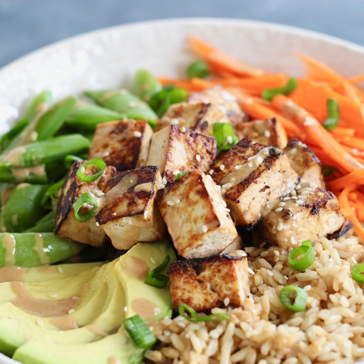Thai Peanut Tofu Bowl with Rice & Seasonal Vegetables