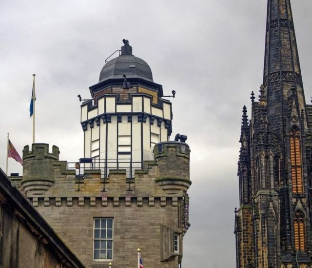 Camera Obscura and World of Illusions in Edinburgh Itinerary