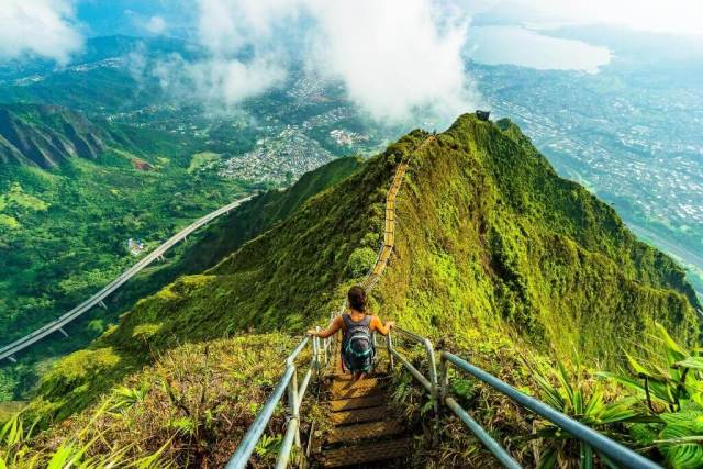 stairway to heaven oahu - Most Beautiful Islands In The World
