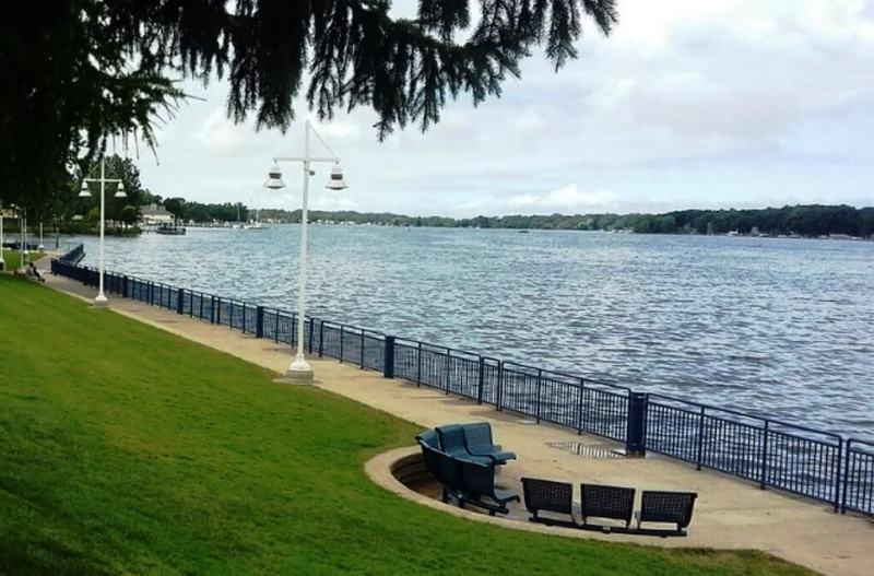 Kollen Park & Heinz Waterfront Walkway - Things To Do In Holland
