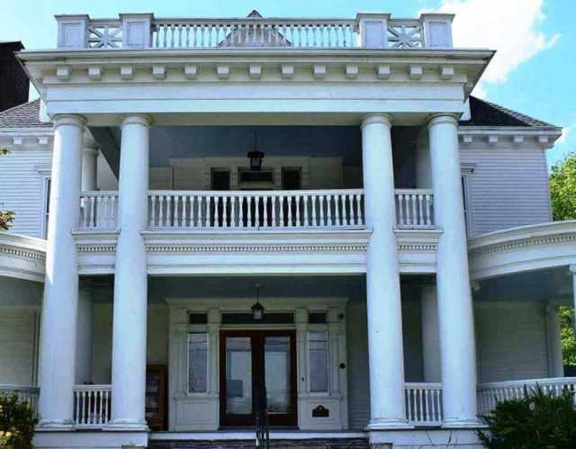 The Columns Museum - Things to do in Milford PA