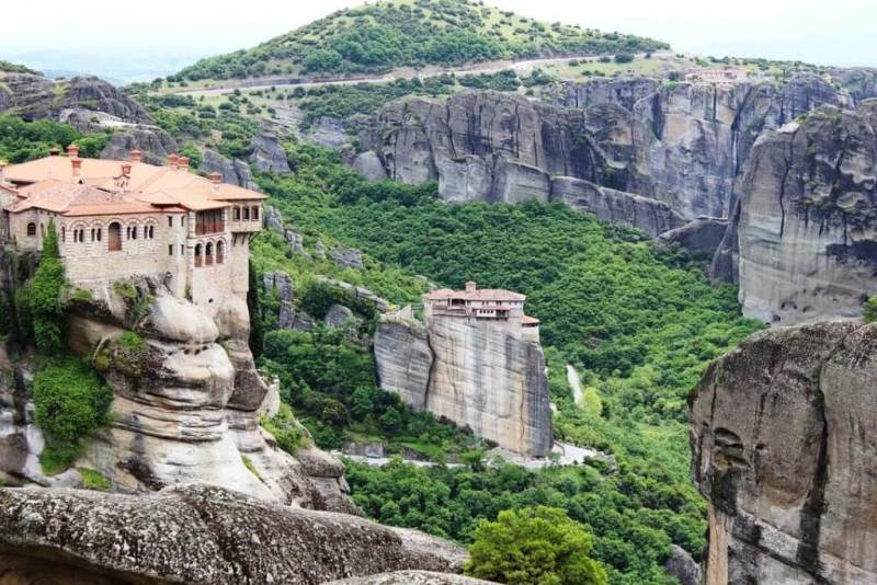 Meteora – Things To Do In Greece