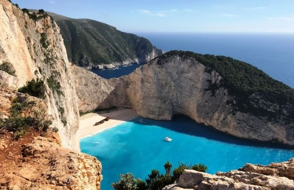 25 Top Things To Do In Greece – Bucket List